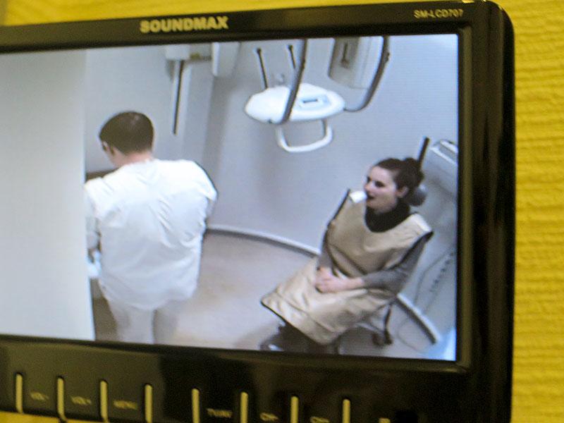 Вакансии томск администратор в стоматологическую клинику